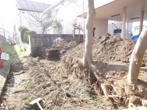掘削 ブロック塀